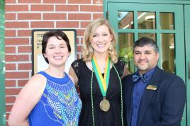 Amanda and Mr. Mejias, Academic Advisors in the USF Honors College.